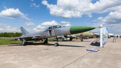 72 - Sukhoi Su-15UM Flagon - Russia - Air Force