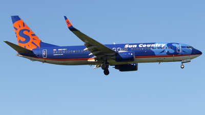 A picture of N801SY - Boeing 7378Q8 - Sun Country Airlines - © Carlos Vaz