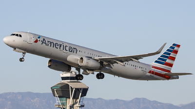 A picture of N161AA - Airbus A321231 - American Airlines - © KenKen Huang