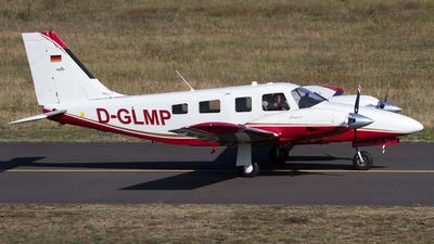 D-GLMP - Piper PA-34-220T Seneca V - Private