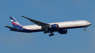 A picture of VPBHA - Boeing 7773M0(ER) - Aeroflot - © paoloz99