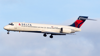 N933AT - Boeing 717-231 - Delta Air Lines