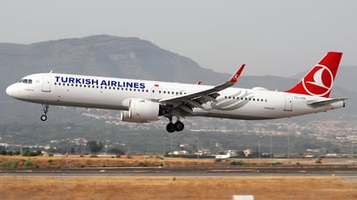 TC-LSN - Airbus A321-271NX - Turkish Airlines