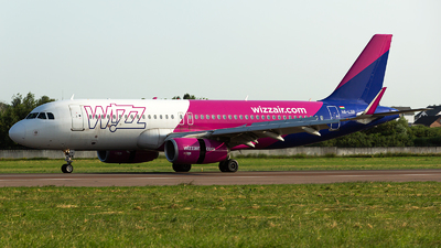 A picture of HALSB - Airbus A320232 - Wizz Air - © Oleksandr Naumenko