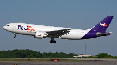 A picture of N671FE - Airbus A300F4605R - FedEx - © JC