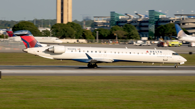 A picture of N324PQ - Mitsubishi CRJ900LR - Delta Air Lines - © Yan777