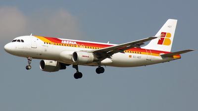 EC-HDT - Airbus A320-214 - Iberia