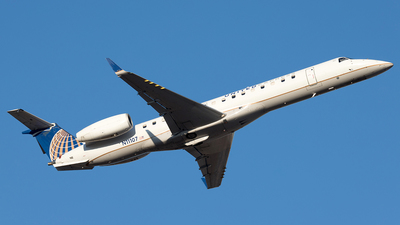 A picture of N11107 - Embraer ERJ145XR - United Airlines - © Yixin Chen