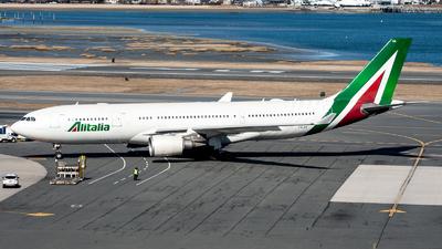 A picture of IEJGA - Airbus A330202 - Alitalia - © OCFLT_OMGcat