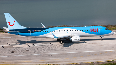 A picture of OOJEB - Embraer E190STD - TUI fly - © Graham Dinsdale Collection