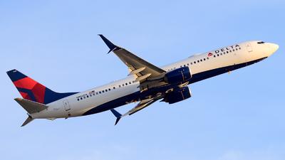 N892DN - Boeing 737-932ER - Delta Air Lines