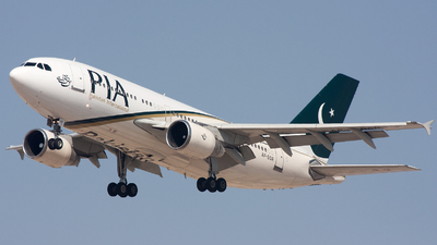 AP-BGR - Airbus A310-325(ET) - Pakistan International Airlines (PIA)