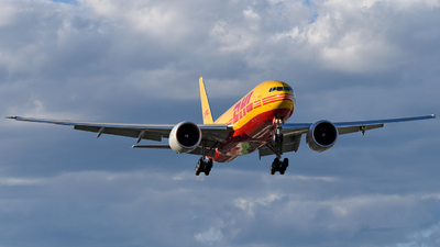 A picture of N773CK - Boeing 777F - DHL - © Juan Contreras