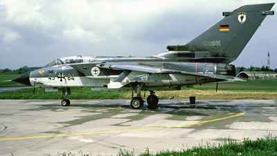 43-64 - Panavia Tornado IDS - Germany - Navy