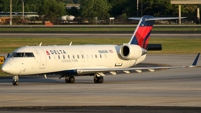 N860AS - Bombardier CRJ-200ER - Delta Connection (ExpressJet Airlines)