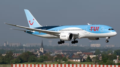 A picture of OOLOE - Boeing 7878 Dreamliner - TUI fly - © PAUL LINK
