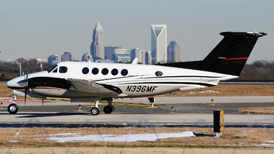 N396MF - Beechcraft 200 Super King Air - Private