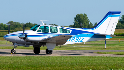 A picture of N231Z - Beech 95A55 Baron - [TC370] - © Steve Rinde