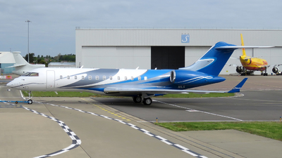 N1LS - Bombardier BD-700-1A10 Global Express XRS - Private