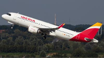 EC-NCM - Airbus A320-251N - Iberia