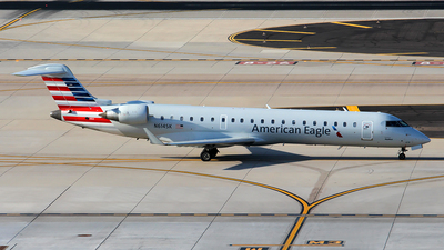 A picture of N614SK - Mitsubishi CRJ701ER - Delta Air Lines - © Huy Do