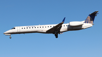 A picture of N11189 - Embraer ERJ145XR - United Airlines - © Guy Langlois