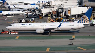 N69835 - Boeing 737-924ER - United Airlines