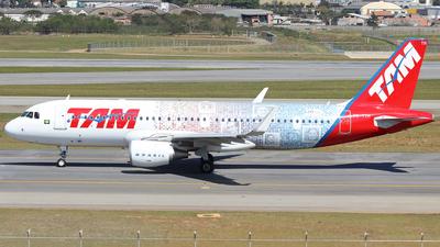 PR-TYH - Airbus A320-214 - TAM Linhas Aéreas