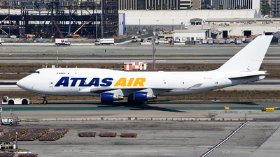 A picture of N471MC - Boeing 747412(BCF) - Atlas Air - © Rocky Wang