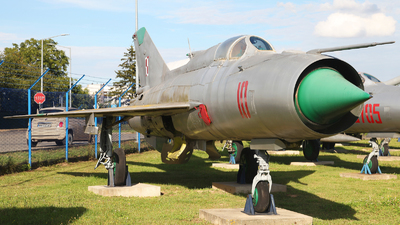10 - Mikoyan-Gurevich MiG-21PFM Fishbed - Poland - Air Force