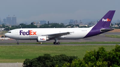 A picture of N652FE - Airbus A300F4605R - FedEx - © HHD0221