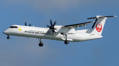 A picture of JA81RC - De Havilland Canada Dash 8400 Combi - Ryukyu Air Commuter - © Yoshio Yamagishi