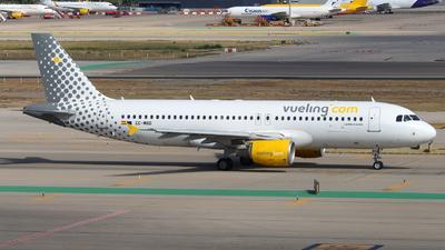A picture of ECMBD - Airbus A320214 - Vueling - © Marcel Schmidt