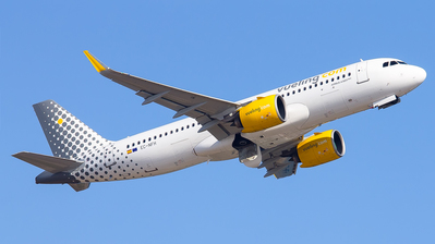 A picture of ECNFH - Airbus A320271N - Vueling - © Inaki Ropero Pipaón