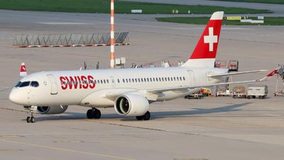 A picture of HBJCS - Airbus A220300 - Swiss - © Justin Stöckel