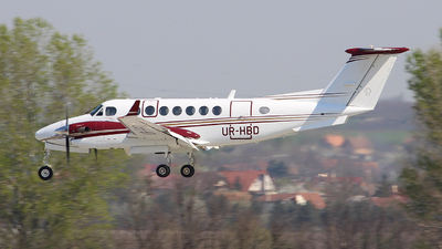 UR-HBD - Beechcraft B300 King Air 350 - Private
