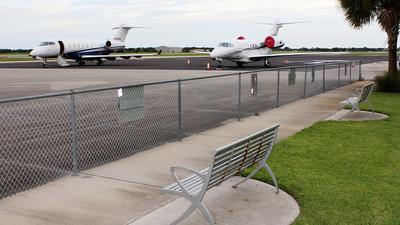 KVRB - Airport - Spotting Location