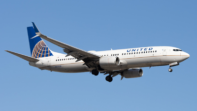 A picture of N77520 - Boeing 737824 - United Airlines - ©  Sebastian Colaizzi