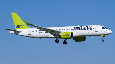 YL-AAQ - Airbus A220-300 - Air Baltic