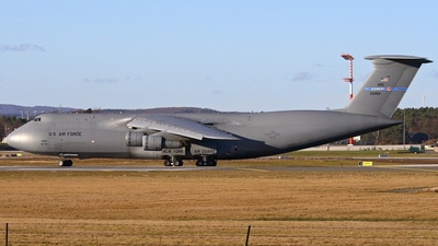 70-0464 - Lockheed C-5A Galaxy - United States - US Air Force (USAF)
