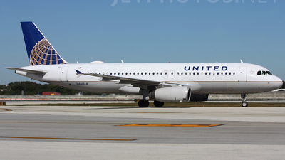 N468UA - Airbus A320-232 - United Airlines