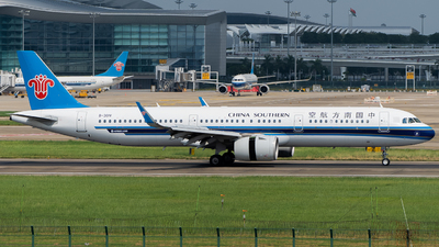 A picture of B301V - Airbus A321271N - China Southern Airlines - © MerLiLi