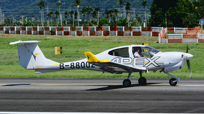 B-88002 - Diamond DA-40NG Diamond Star - APEX
