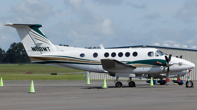 N88MT - Beechcraft 200 Super King Air - Private