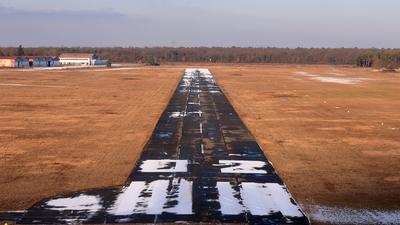 LFGB - Airport - Runway