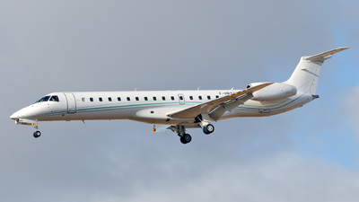 F-HRAV - Embraer ERJ-145LU - Amelia International