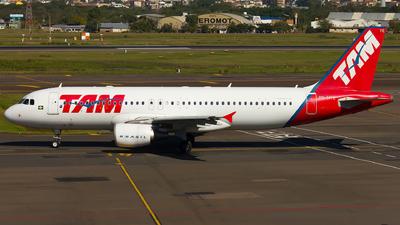 PR-MYE - Airbus A320-214 - TAM Linhas Aéreas