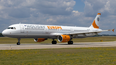 VP-CCG - Airbus A321-211 - Holiday Europe