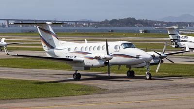 PT-WUT - Beechcraft B300 King Air - Private