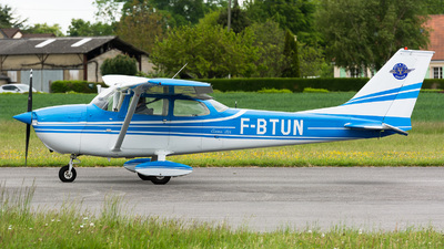 F-BTUN - Reims-Cessna F172L Skyhawk - Private